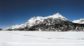 andreas-gursky-engadin-artbook